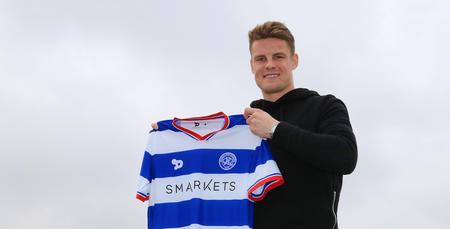 Matt_Smith_Signs_02.jpg
