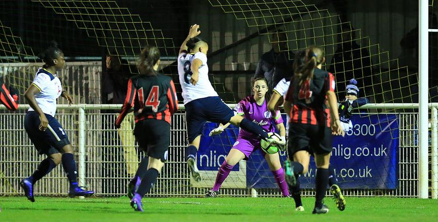 Spurs_QPR_Ladies_02.jpg