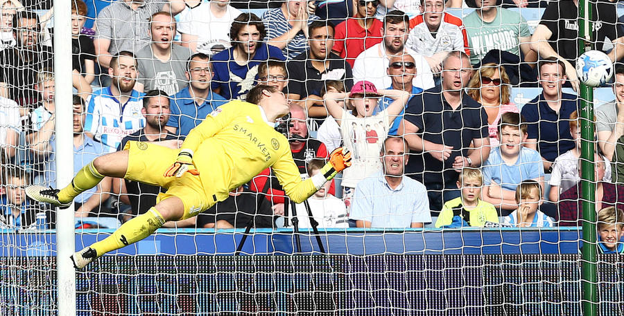 Alex_Smithies_Huddersfield_01.jpg